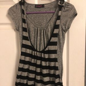 Maternity top new w/out tags